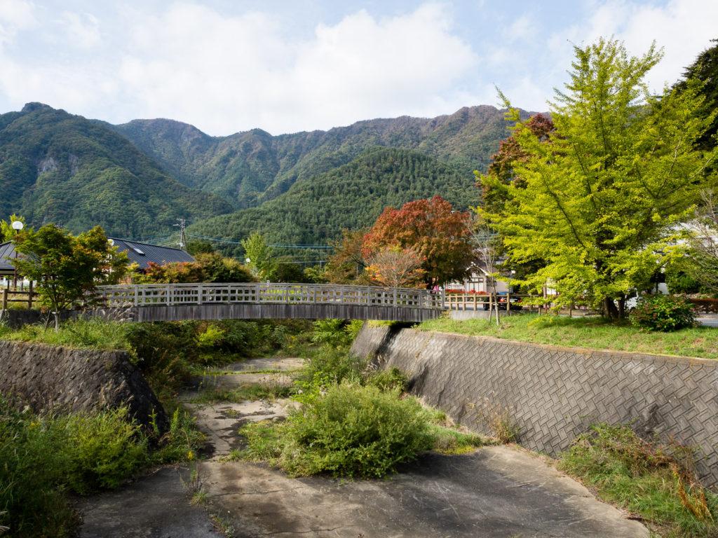 Пейзаж вокруг озера Сайко (Пять Озёр Фудзи)