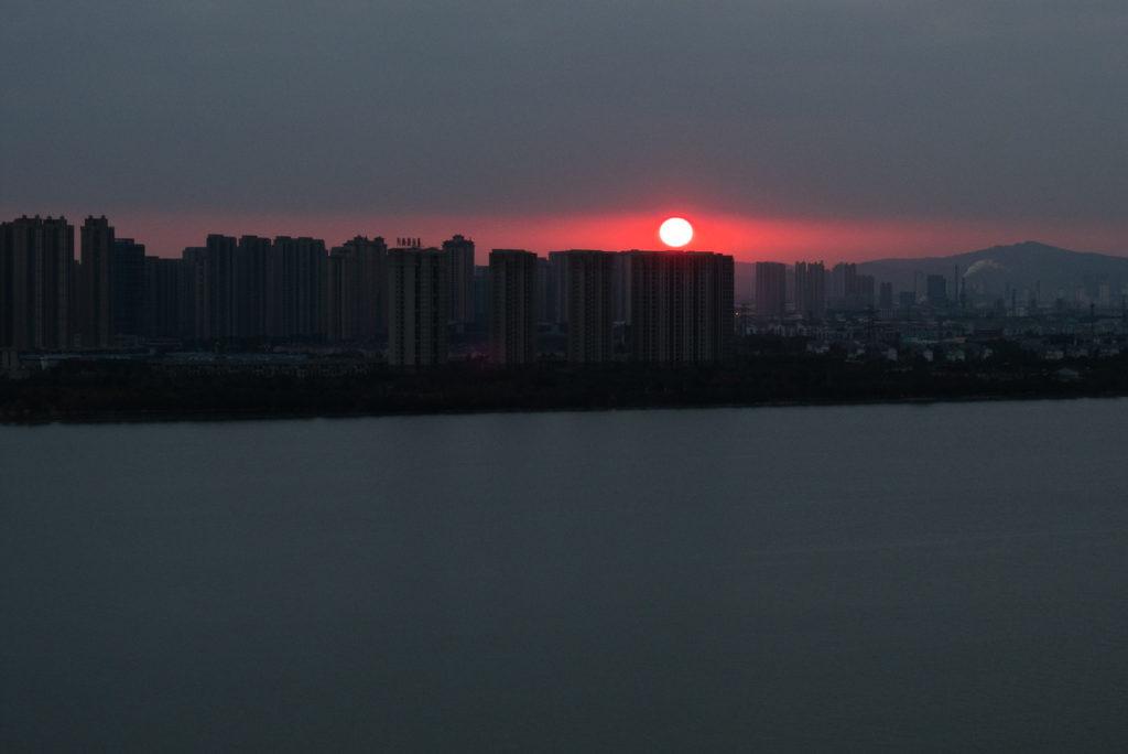 Сучжоу, закат над озером Душу