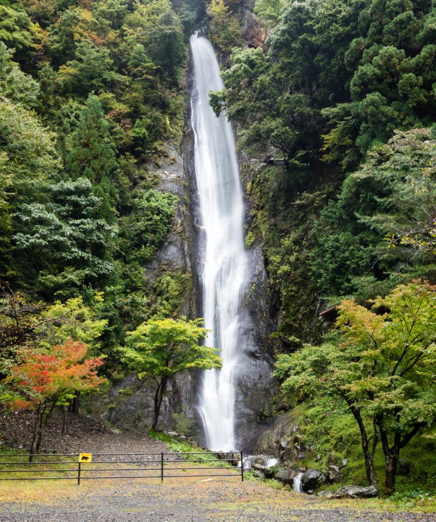 Водопад Кэнсин-но-таки, долина реки Хаякава, префектура Яманаси