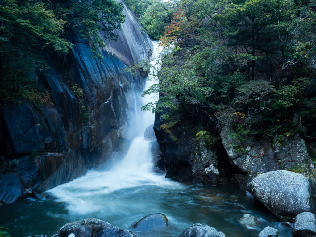 Sengataki waterfall in Shosenkyo gorge