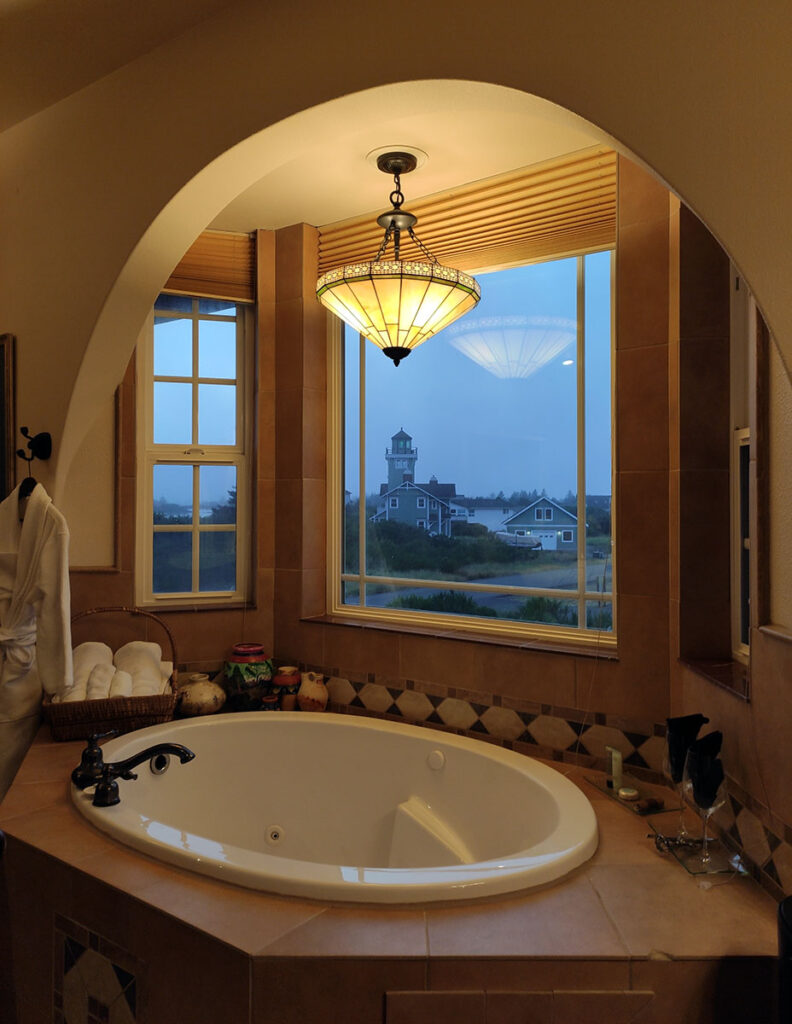 Collins Inn & Seaside Cottages in Ocean Shores, WA