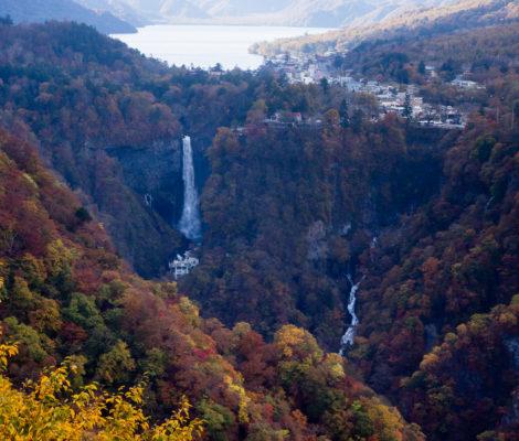 Осенний вид с площадки Акэтидайра (национальный парк Никко, префектура Тотиги)