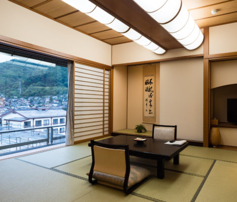 Aburaya ryokan in Suwa, Japan